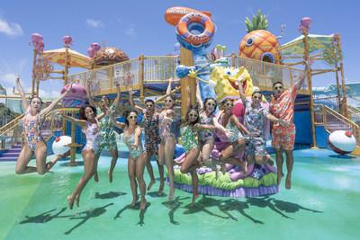 Nickelodeon Hotels & Resorts Riviera Maya, Equipo Nick en Aqua Nick (PRNewsfoto/Karisma Hotels & Resorts)
